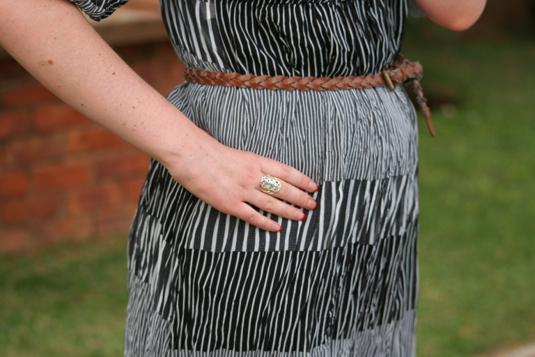 Details striped dress