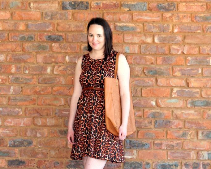 leo dress 3