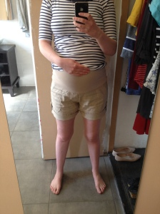 review maternity shorts